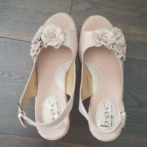 New BOC leather flower wedges